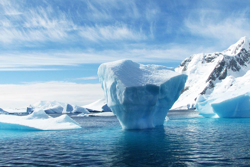 "The Iceberg Phenomenon in Projects: How to Make ""Invisible"" Efforts Visible"