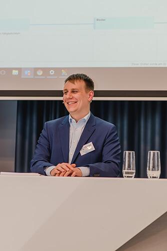 InLoox Insider Tag 2018 in Berlin: InLoox-Entwickler Andreas Buchner beim Techniker-Stream
