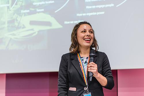Keynote von Grant und Hilary vom Microsoft Digital Transformation Team beim InLoox Insider Tag 2018 in München