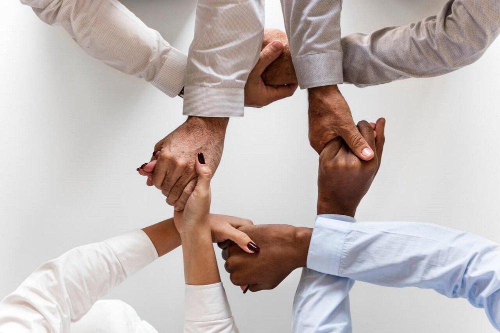 Interkulturelle Zusammenarbeit und Führung - Vorteile, Gefahren und Prävention