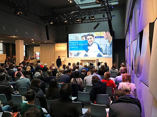 """NPO-Tag 2017: Das Atrium von Microsoft Berlin """"Unter den Linden"""" (Bild: InLoox)"""