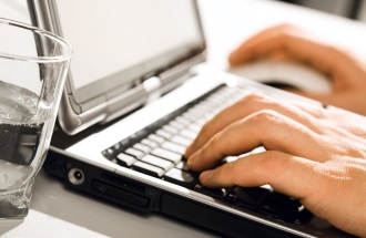 Tips for Effective E-Mail Communication in Business